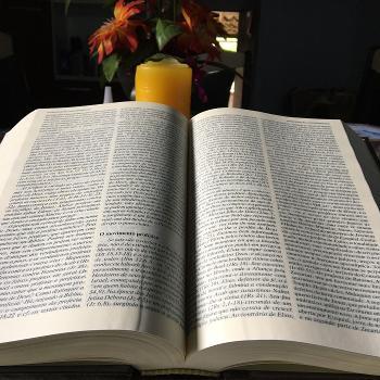 Desdobrando a Palavra de Deus